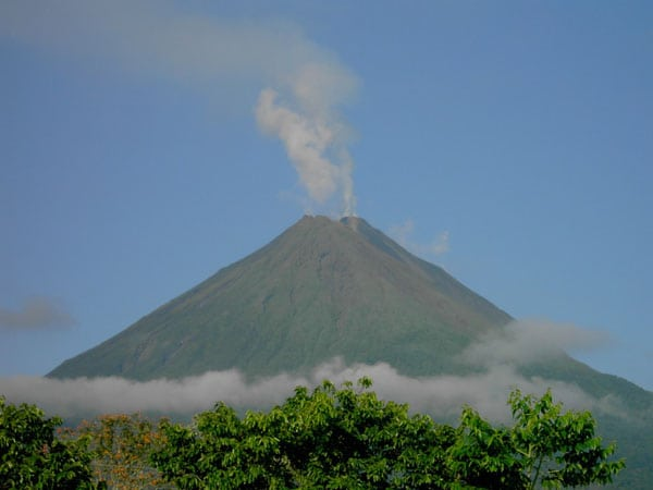 Arenal Volcano: Places to Go in Costa Rica