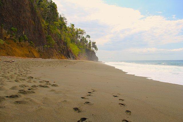 cabo-matapalo-beach-costa-rica