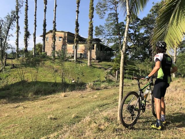casona-de-pavas-biking
