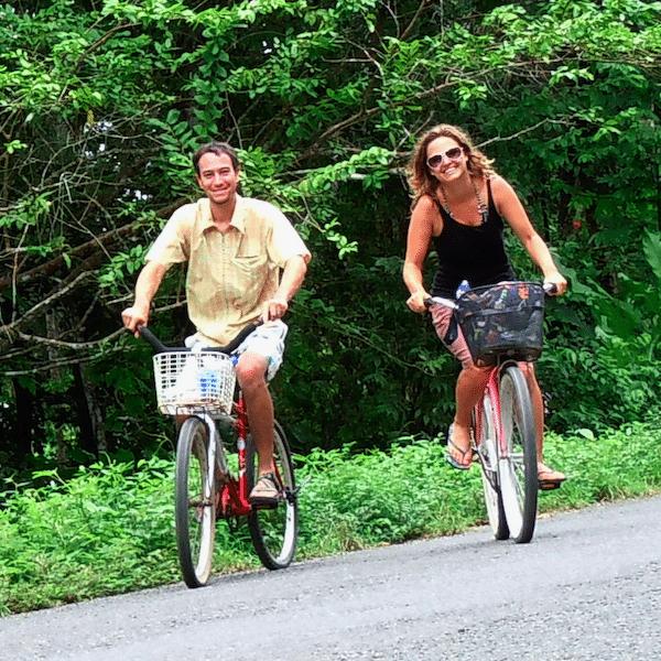 costa-rica-caribbean-honeymoon-couple-bikes