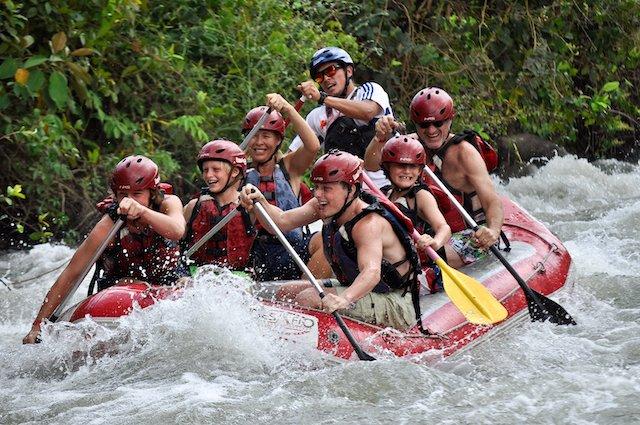 costa-rica-family-rafting-activity