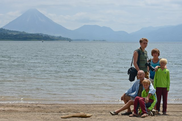 costa-rica-family-vacation-arenal-volcano