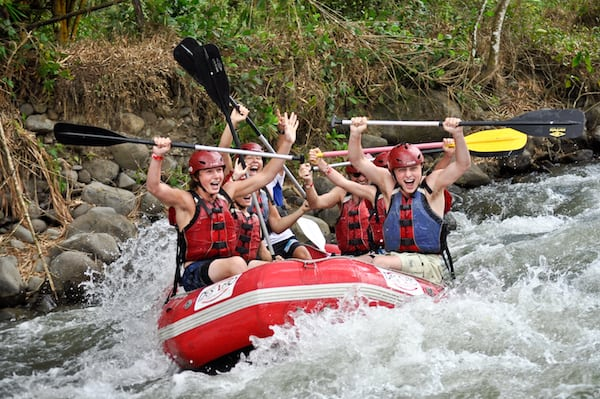 costa-rica-march-family-rafting