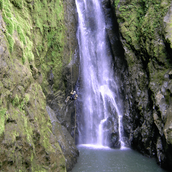 Costa Rica Mountain Waterfall Repelling
