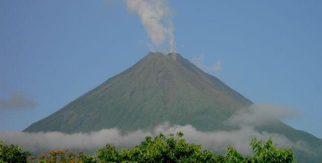 costa-rica-volcan-arenal1.jpg