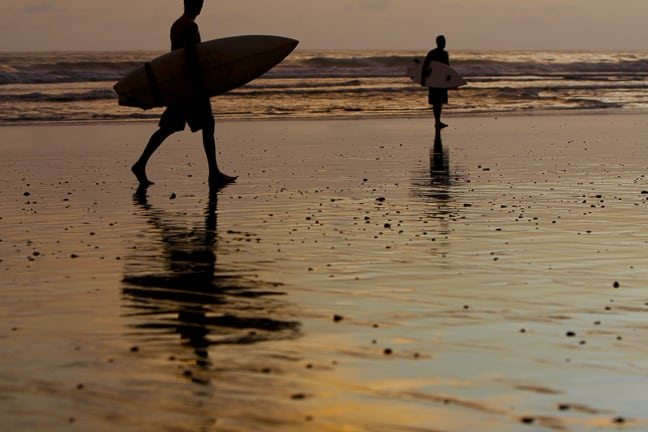 dominical-costa-rica-surfing