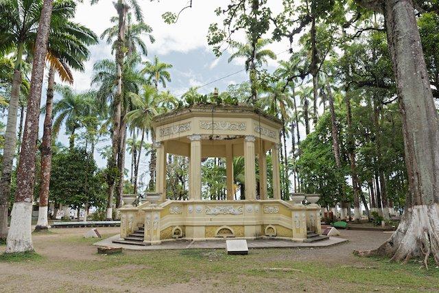 parque-vargas-puerto-limon-costa-rica