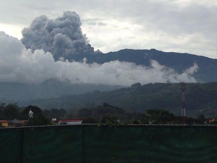 turrialba-volcano-suunset