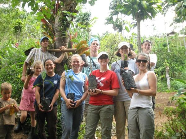 Enjoy the Costa Rican Jungle when Volunteering in Costa Rica!
